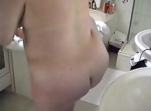 Pregnant blonde bbw in the bathroom - Pumhot.com