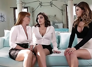 You'_re a lesbian? Prove it. - Penny Pax, Vanessa Veracruz with an increment of Darcie Dolce