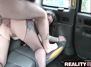 Backseat Rimjob Be proper of A Taxi Driver - Ava Austen
