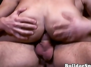 Submissive twink wanks cumload while fucked into ass