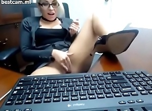 girl in office time masturbating