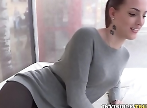 Euro babe picked up roadside for cocksucking