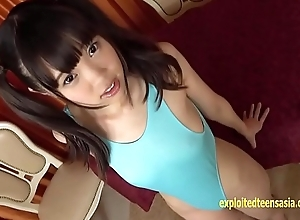 Pretty Jav Idol Aya Tominaga Teases In the Shower Then Gets Being Massage