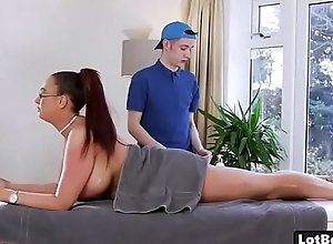 Fat ass and huge tits cougar Emma Butt gets massage