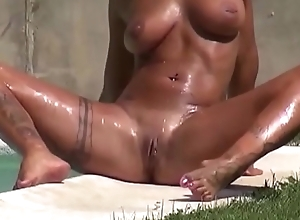 Amateur flick blowjob of mi housewife in the pool